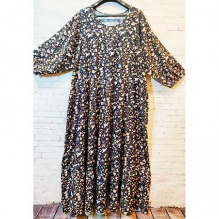 Женское летнее платье больших размеров с рукавом