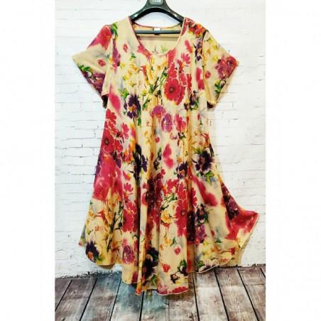 Женское цветное платье из штапеля средней длины