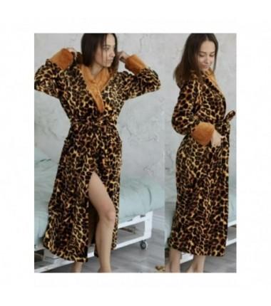 Большой женский халат на запах с леопардовым рисунком